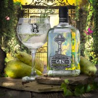 Perfect Pear and Peppercorn Gin