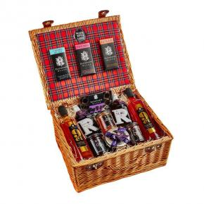 The Luxury Hamper : Two bottles of Shimmering Vodka paired with Sloe Gin and Damson Port, Chocolate bars, Jams and Fruit Cake