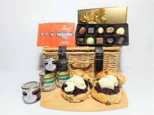 **New**Raisthorpe Cream tea for two - non alcoholic - in Wicker Basket